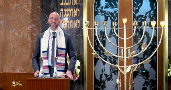 Shabbat Chanukah - Menorah Dedication