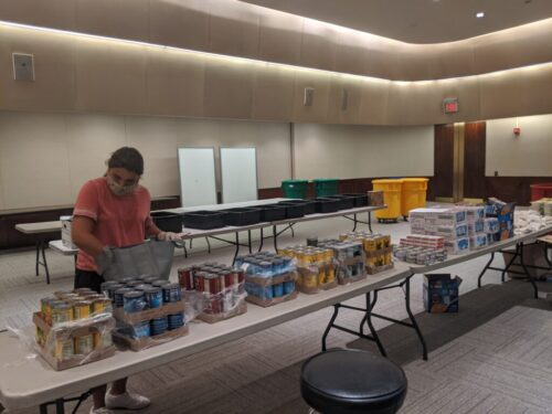 Backpack Buddies has continued its work throughout the pandemic! Even through the hard times, the volunteers of Backpack Buddies have continued to congregate and pack the backpacks full of food.